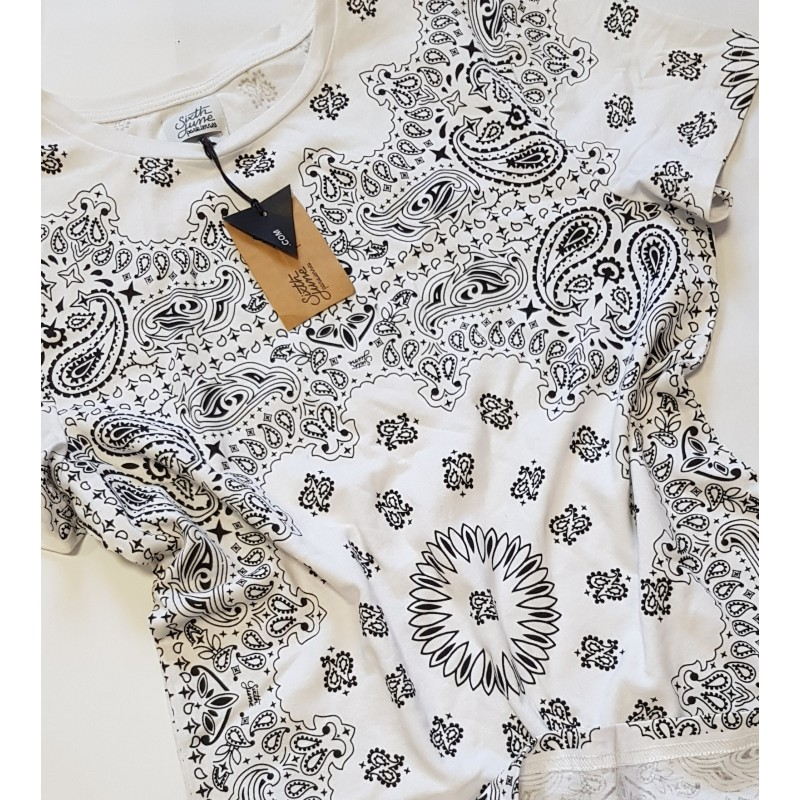Tricou '6th June Mandala- Oversized'